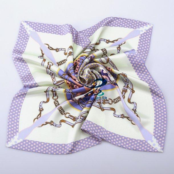 Firkantede silketørklæder med punktummønster