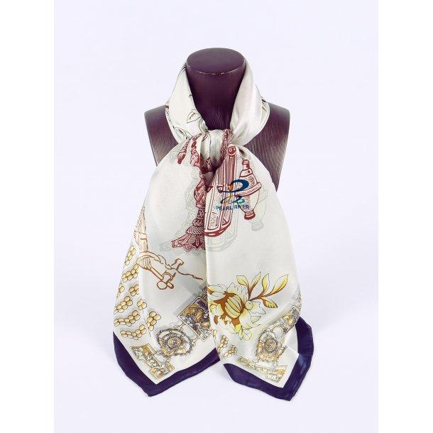 Hvidt silketørklæde med figurer
