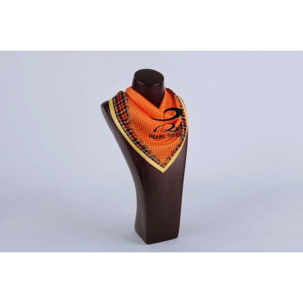 Små ternet  firkantet silketørklæder