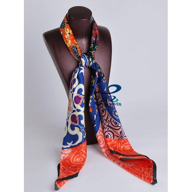 Silketørklæde med orange baggrund