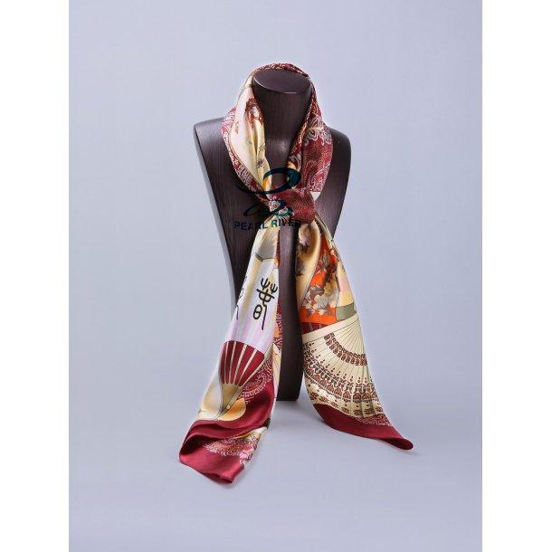 Silketørklæde med traditionel kinesisk maleri